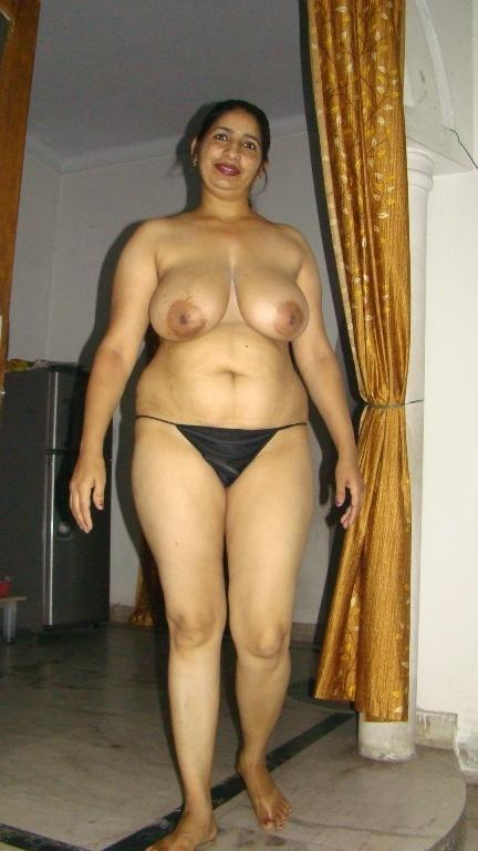 Hot tamil actress dancing nude in hotel