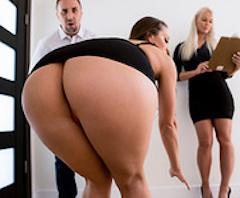 Nailed At The Estate Sale – Abigail Mac