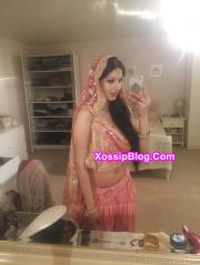 Busty UK Pakistani Girlfriend Nude