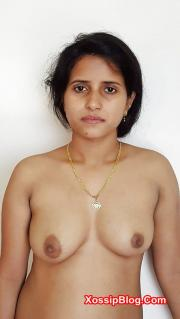Horny Indian Girl Boobs Shows