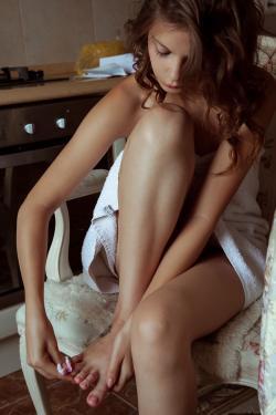 2017-03-20 Emma Sweet - Turine (x101)(3744x5616)m6rlge4tdb.jpg